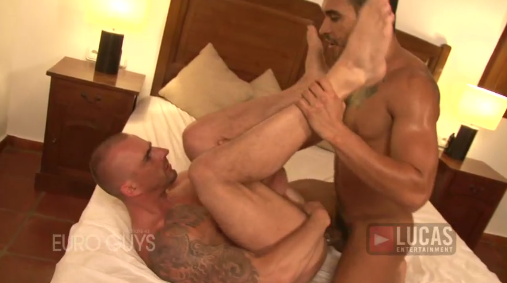 Latin Hunk Lucio Saints Pounds Kriss Aston's Ass