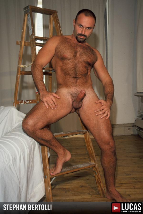Men nude macho
