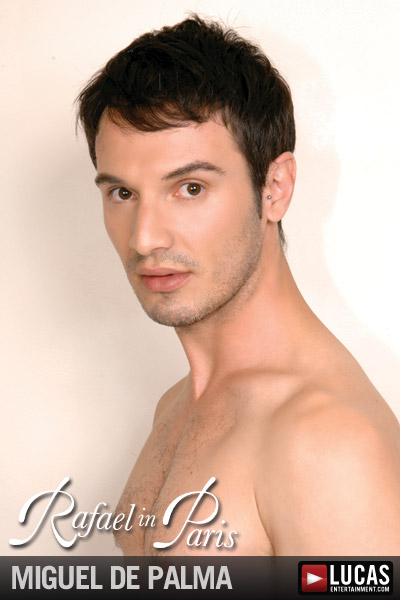 "XXFactor.com: ""The models in Rafael in Paris had better get ready"" for Rafael Alencar!"