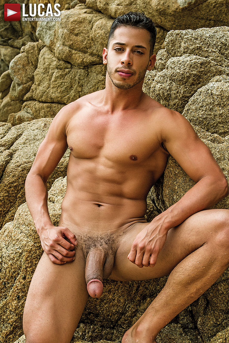 photo gallery of drae axtell gay models lucas