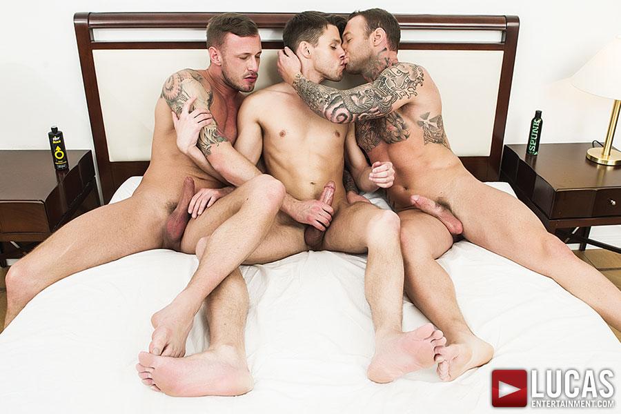 Three way gay porn