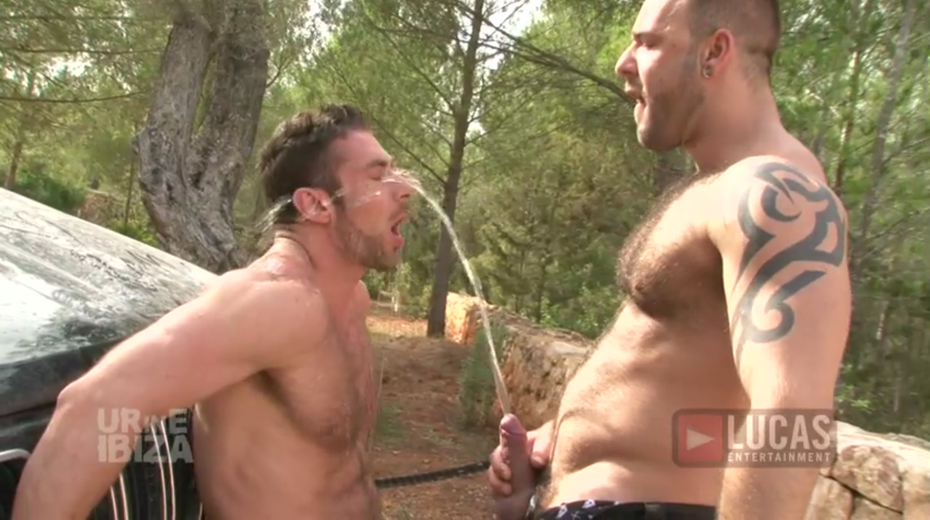 Scott Carter Takes Pig Top Bruno Knight's Hard Dick
