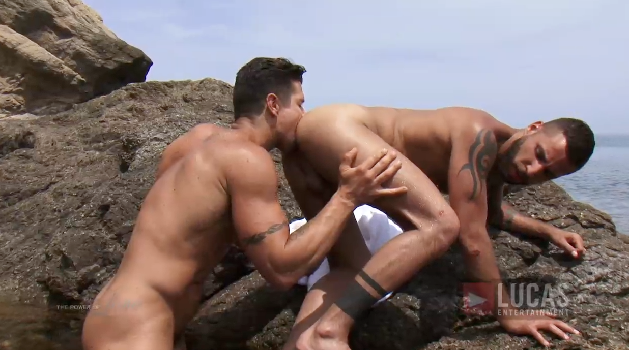 Lovers Jonathan Agassi and Trenton Ducati Fuck In the Sea