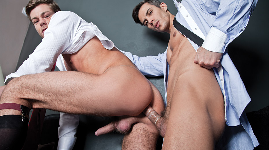 Toby Dutch Rides Maikel Cash's Dick