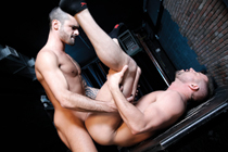 Thick-hung Tristan Jaxx fucks blindfolded Zach Alexander!