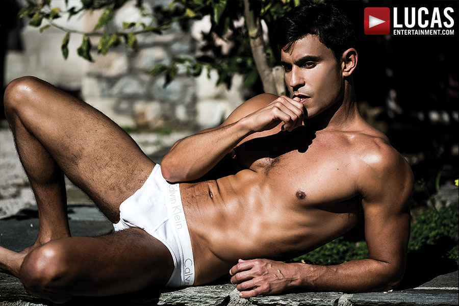 Marvel At Rafael Carreras' Always Stellar Body