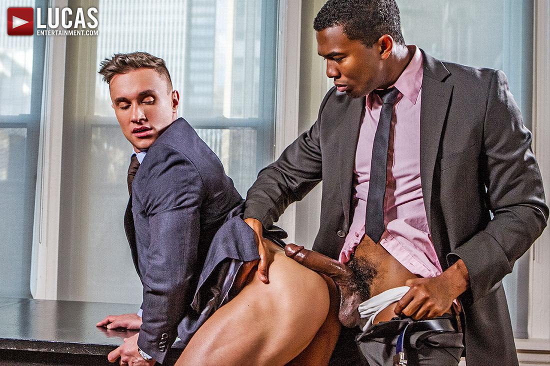 There's Plenty Of Exclusive 'Gentlemen' Content Coming In December