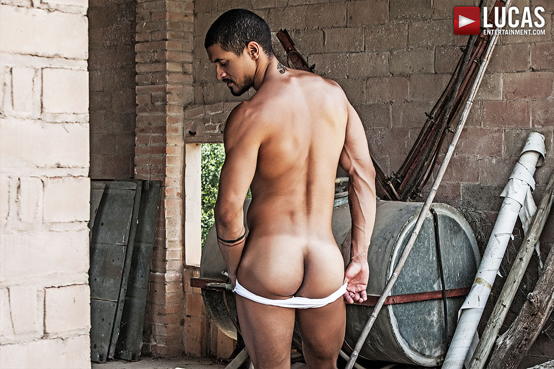 Ibrahim Moreno Shows Off More Of His Stunning Goods