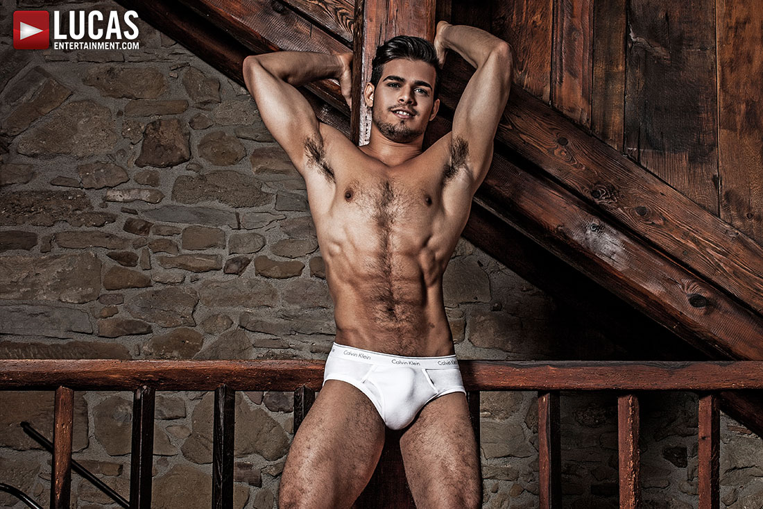 Rico's Marlon' New Stunning Photo Set Is Here