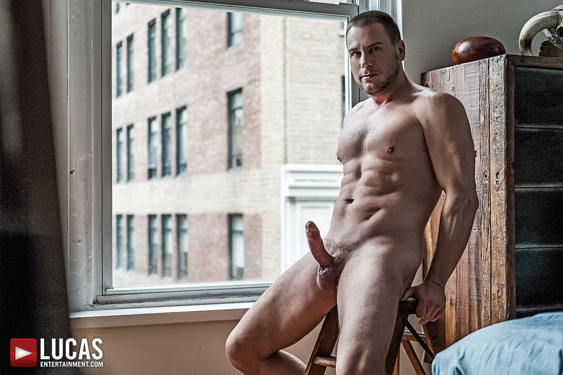 Hans Berlin Returns To Play A Sexy Stepdad This Monday