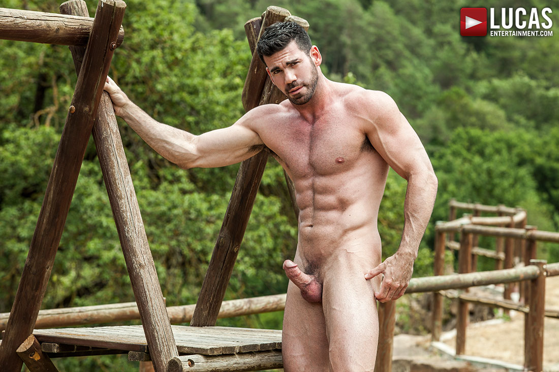 Billy Santoro's Muscle-Jock Body Is Incredible