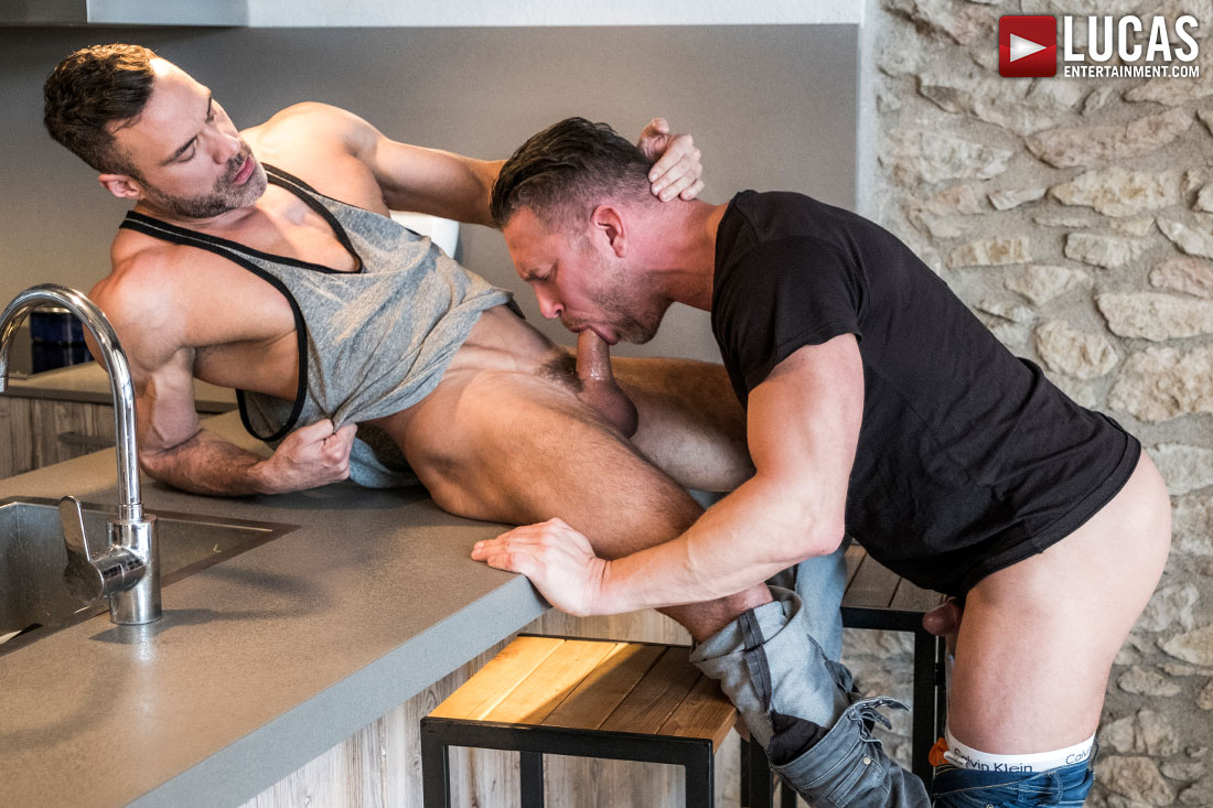 SPECIAL RELEASE: Watch Part 01 Of Manuel Skye's Bottoming Debut