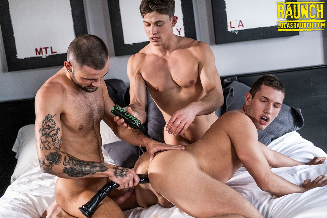 Lucas Raunch Tomorrow: Jeffrey Lloyd And Ruslan Angelo Use Dildos On Hunter