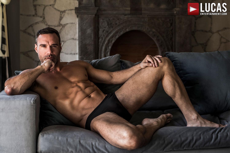 The Masculine, Warm Good Looks Of Manuel Skye