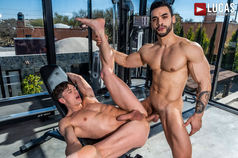 Muscle-Arab Top Arad Winwin Returns To Pound Ruslan Angelo